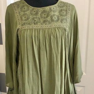 Xhilaration olive top with flared sleeves size med